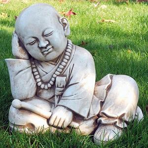 Denkende Boeddha Tuinbeeld 30x30cm