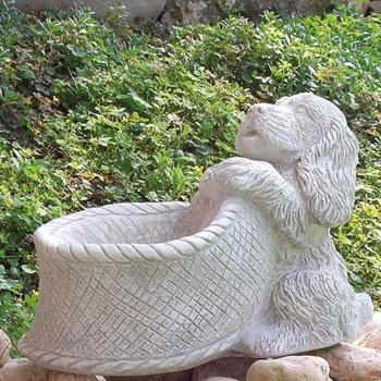 Tuinbeeld Cocker Spaniël met bakje