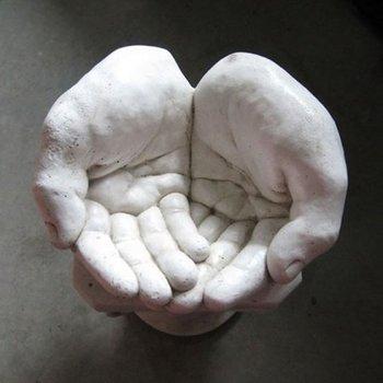 Beeld De handen (Art.2004)